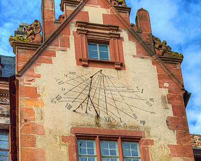 Stuco Photograph - Sundial by Darin Williams