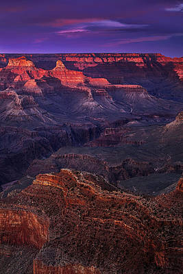 Grand Canyon Photograph - Sunset At The Grand Canyon by Andrew Soundarajan