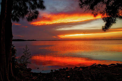 Photograph - Sunset Glow by Dave Files