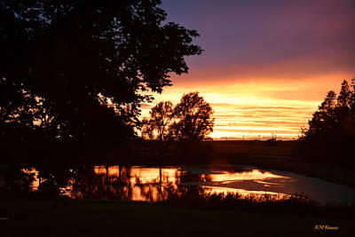 Sunset On Willow Pond Art Print