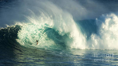 Photograph - Surfing Jaws Maui Hawaii by Bob Christopher