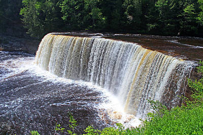 Photograph - Tahquamenon Upper Falls IIi by Michiale Schneider