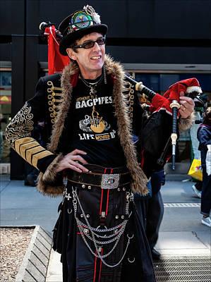 Tartan Day Parade Nyc 2017 Bagpiper Art Print by Robert Ullmann