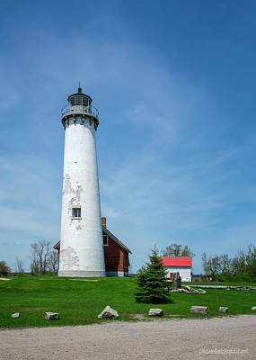 Photograph - Tawas Point Lighthouse by LeeAnn McLaneGoetz McLaneGoetzStudioLLCcom