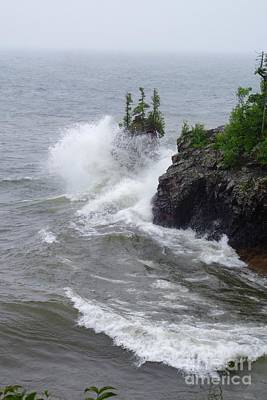 Photograph - Tettegouche Waves by Sandra Updyke