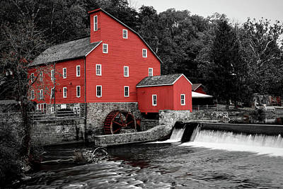 Photograph - The Clinton Mill by Daniel Carvalho