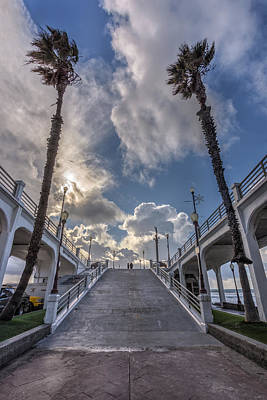 Oceanside Pier Photograph - The Couple by Peter Tellone