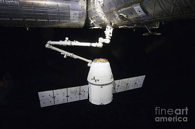 Component Photograph - The Spacex Dragon Cargo Craft Prior by Stocktrek Images