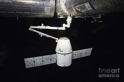Modern Kitchen - The Spacex Dragon Cargo Craft Prior by Stocktrek Images