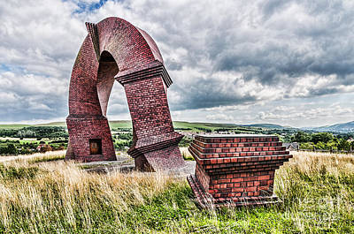 Photograph - The Twisted Chimney by Steve Purnell
