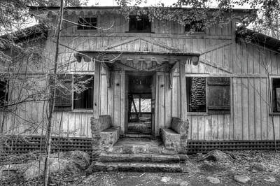 Art Print featuring the photograph This Old House by Mike Eingle