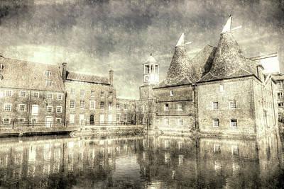 Photograph - Three Mills Bow London Vintage by David Pyatt
