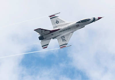 Photograph - Thunderbirds Photo by Ted Kole