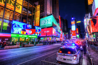 Photograph - Times Square New York by David Pyatt