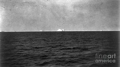 Titanic: Iceberg, 1912 Art Print by Granger