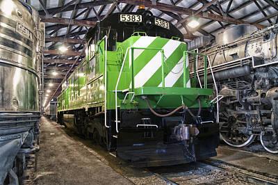 Trains Burlington Northern Locomotive 5383 Art Print
