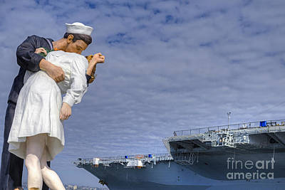 Photograph - Unconditional Surrender Sculpture by David Zanzinger
