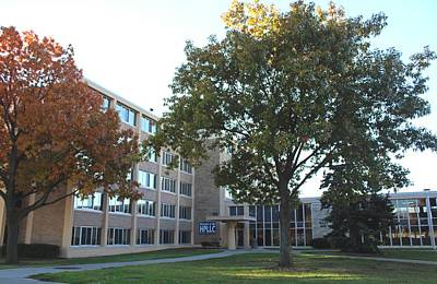 Photograph - University Of Toledo Carter Hall by Michiale Schneider