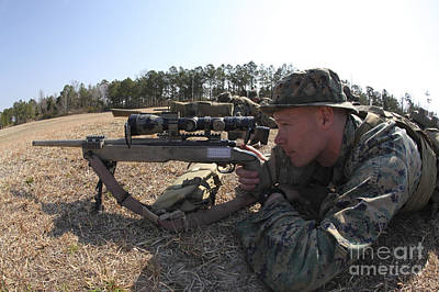 U.s. Marine Fires His M40a3 7.62mm Art Print