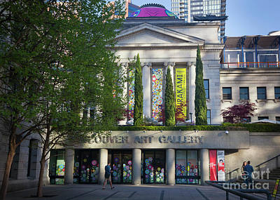Photograph - Vancouver Art Gallery by Chris Dutton