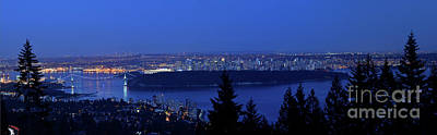 Photograph - Vancouver At Dusk by Terry Elniski