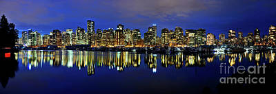 Photograph - Vancouver City Skyline At Dusk by Terry Elniski