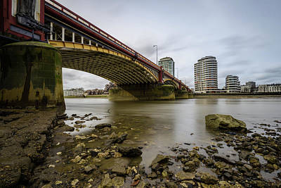 Photograph - Vauxhall Bridge by Matt Malloy