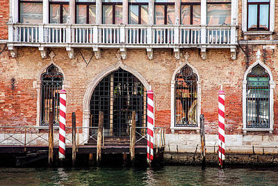 Horizontal Photograph - Venetian Entrance by Andrew Soundarajan