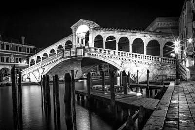 Ponte Rialto Photograph - Venice Rialto Bridge At Night Black And White by Melanie Viola