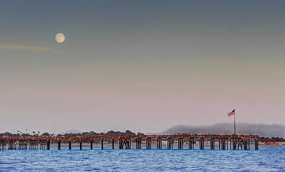 Photograph - Ventura Pier Moonrise by Joe  Palermo
