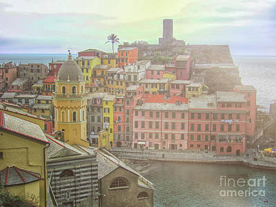 Photograph - Vernazza by Patricia Hofmeester