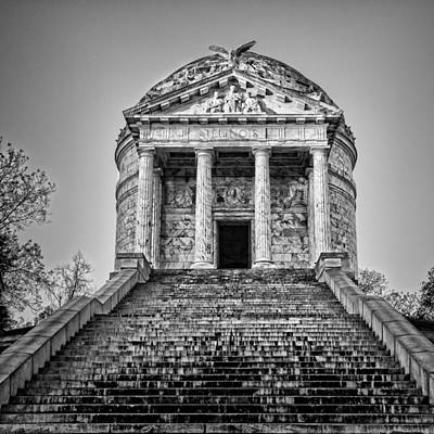 Politicians Royalty-Free and Rights-Managed Images - Vicksburg Illinois Memorial by Stephen Stookey
