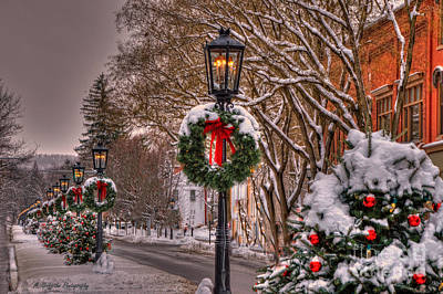 Gas Lamp Photograph - Victorian Christmas by Mike Griffiths