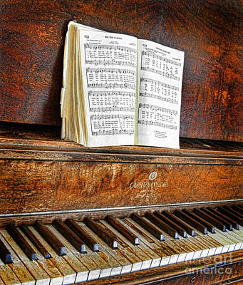 Vintage Piano Art Print