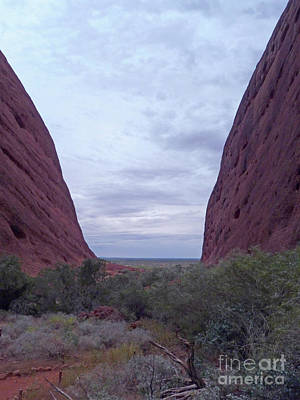 Photograph - Walpa Gorge, Kata Tjuta by Phil Banks