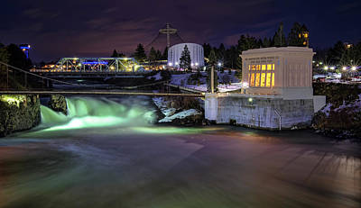 Photograph - Washington Water Power by Paul DeRocker