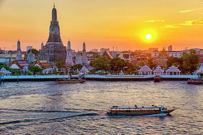 Photograph - Wat Arun by Fabrizio Troiani
