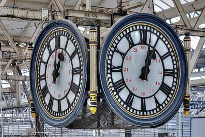 Meeting. Point Photograph - Waterloo Station - London by Joana Kruse