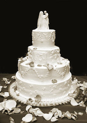 Photograph - Wedding Cake by Marilyn Hunt