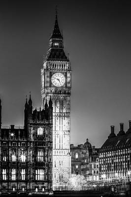 Photograph - Westminster And Big Ben by David Pyatt