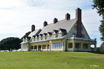 Photograph - The Whalehead Club In Corolla by Dan Williams