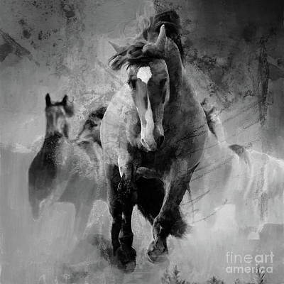 Painting - Wild Horse 01 by Gull G