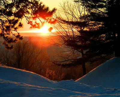 Maine Landscape Photograph - Winter Sunrise by Laurie Breton