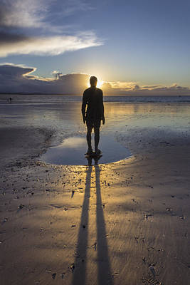 Antony Gormley Photograph - Winter Sunset At Crosby Beach by Paul Madden