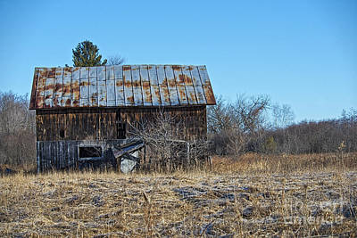 Photograph - Wisconsin Barn by David Arment