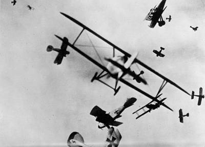 Photograph - Wwi: Dogfight by Granger