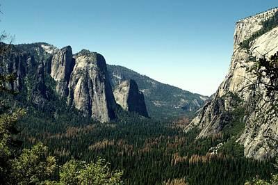 Yosemite Valley Art Print by Nick Jones