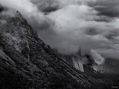 Yosemite Valley Panorama In Black And White Art Print