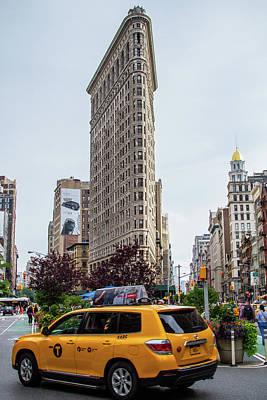 Photograph - Flatiron Building by Robert J Caputo