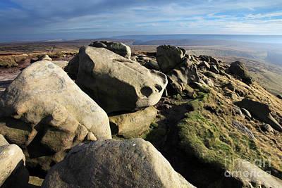 Modern Kitchen - Gritstone rocks on Shelf Moor, High Peak, Derbyshire, Peak Distr by Dave Porter